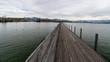 Holzsteg über dem Zürichsee