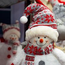 Snowmen Plush Toys In  Cap Are...