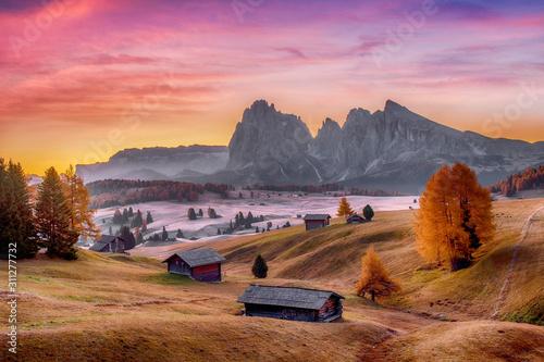 Obraz na plátně Alpe di Siusi valley in Italian dolomites