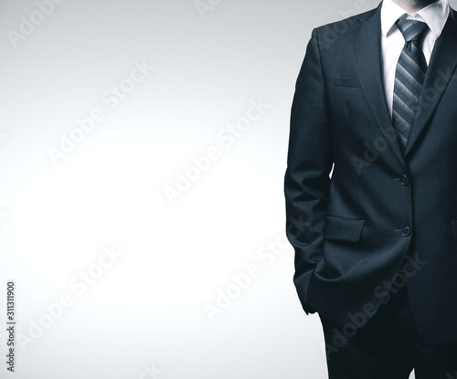 Fotografía Businessman in black suit