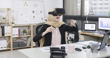 Happy Malay Woman Worker In Vr...