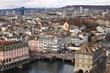 Winter in Zürich; Limmat an der Rathausbrücke