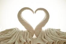 Swan Birds Made Of White Bath ...