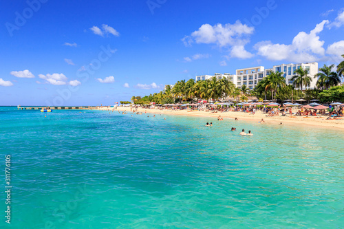 Photographie  Beach at Doctor's cave in Montego Bay Jamaica