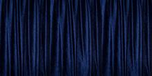 青いベルベットのカーテン