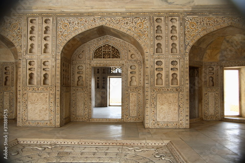 Bedroom of Mughal Kings at Red Fort Agra, Uttar Pradesh, India. Canvas Print