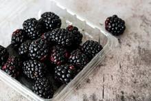 Blackberries In Plastic Clamsh...