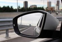 Guidare In Autostrada In Inverno - Specchietto Retrovisore