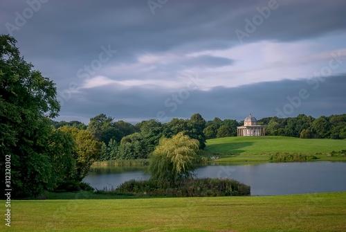 Fototapeta An calm autumn day overlooking the lake at Hardwick Park in Sedgefield, County Durham, UK obraz na płótnie