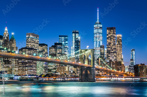 New york city skyline with Brooklyn Bridge at night