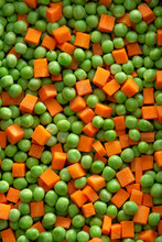 Organic Fresh Green Pea And Carrot Salad Background