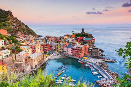 Vernazza village. Cinque Terre National Park, Italy. Tableau sur Toile