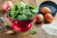 Fresh Spinach In Red Colander ...