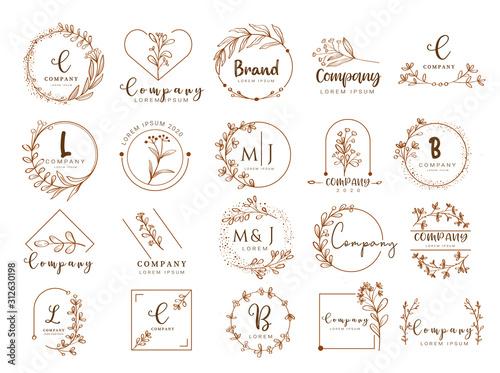 Cuadros en Lienzo  Vector floral border and logo design templates hand drawn style