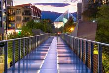 Pedestrian Walkway Bridge In D...