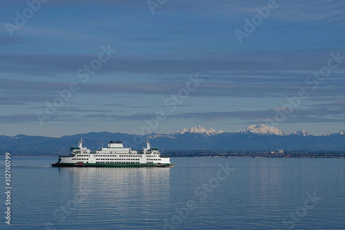 2019-12-29 A FERRY OFF SHORE BY MUKILTO WASHINGTON Wallpaper Mural