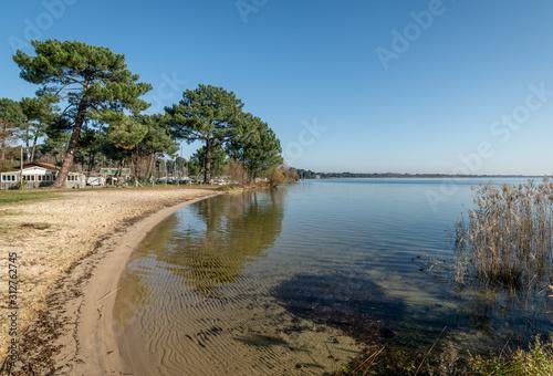 Obraz na płótnie BASSIN D'ARCACHON (France), le lac de Cazaux