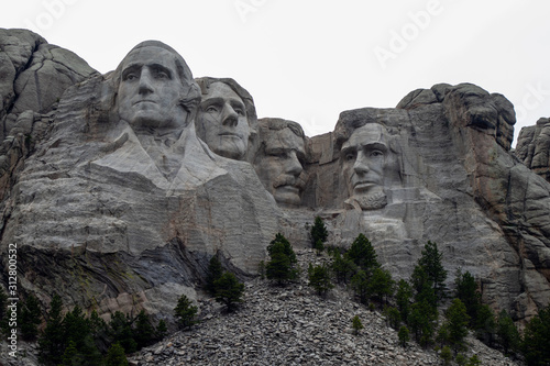 Obraz na plátně Mount Rushmore National Memorial Keystone, South Dakota, United States July 4, 2