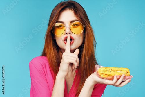 woman eating cake Canvas Print