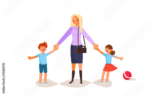 Photo Tired woman with capricious children