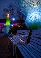 Christmas Bench Duo At Kaunas ...