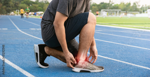 Photo Runners to exercise ankle joint bone Inflamed