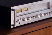 Vintage Stereo Receiver Standi...