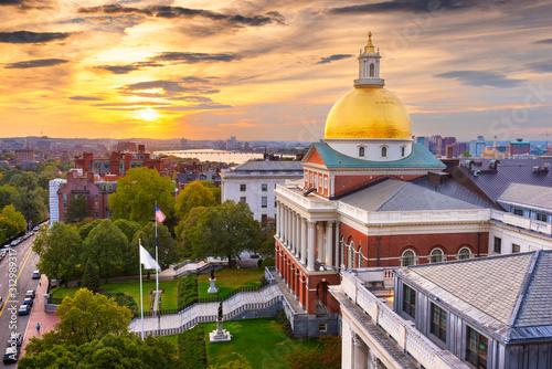 Fototapeta Boston, Massachusetts, USA cityscape with the State House