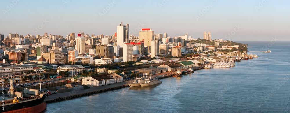 Fototapeta Maputo downtown cityscape, capital city of Mozambique,