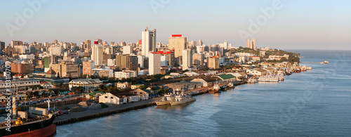 Maputo downtown cityscape, capital city of Mozambique, Fotobehang