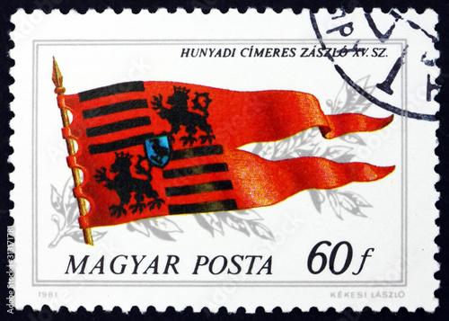Photographie Postage stamp Hungary 1981 Flag of Hunyadi Family