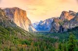 Fototapeta  - El Captain, Yosemite National Park, USA.