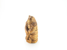 Figurine Wooden Bear With An A...