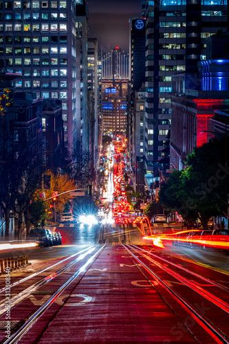 w-dol-california-street-w-nigh