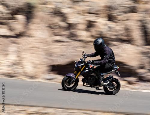 Barrido moto en el desierto