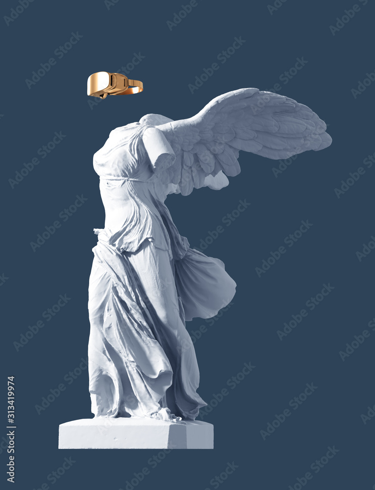 Fototapeta 3D Model Of Winged Victory And Golden VR Glasses On Blue Background. Concept Of Art And Virtual Reality.