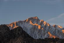 Glowing Lone Pine Peak And Mou...