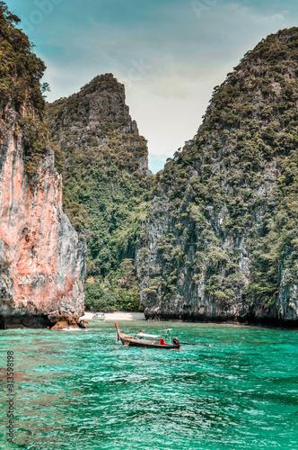 Diving at koh phi phi don фототапет