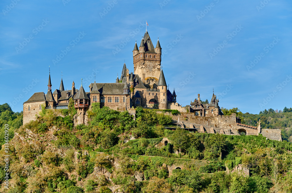 Obraz Beautiful Reichsburg castle on a hill in Cochem, Germany fototapeta, plakat