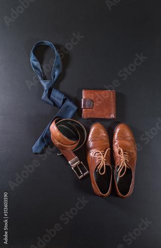 Fotografija  Set men classic accessories blue color tie leather