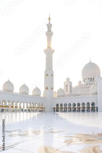 Abu Dhabi, UAE December 27/2018 Sheikh zayed mosque Canvas Print