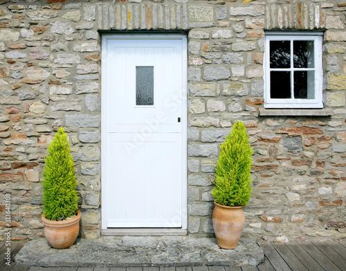 Fotografia, Obraz traditional stone cottage door