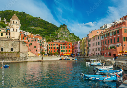 Idyllic landscape of Vernazza village, Cinque Terre, Italy