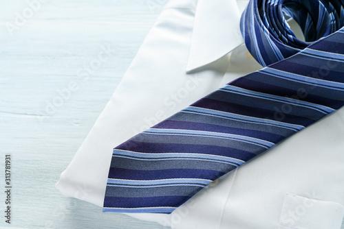 Canvas-taulu Yシャツとネクタイ