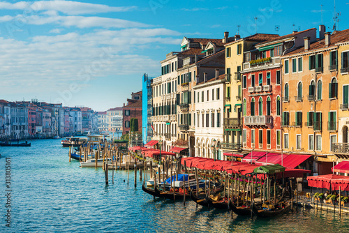 Fototapety, obrazy: VENICE, ITALY - December 21, 2017 : View of water street and old buildings in Venice, ITALY