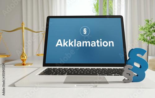 Photo Akklamation – Recht, Gesetz, Internet