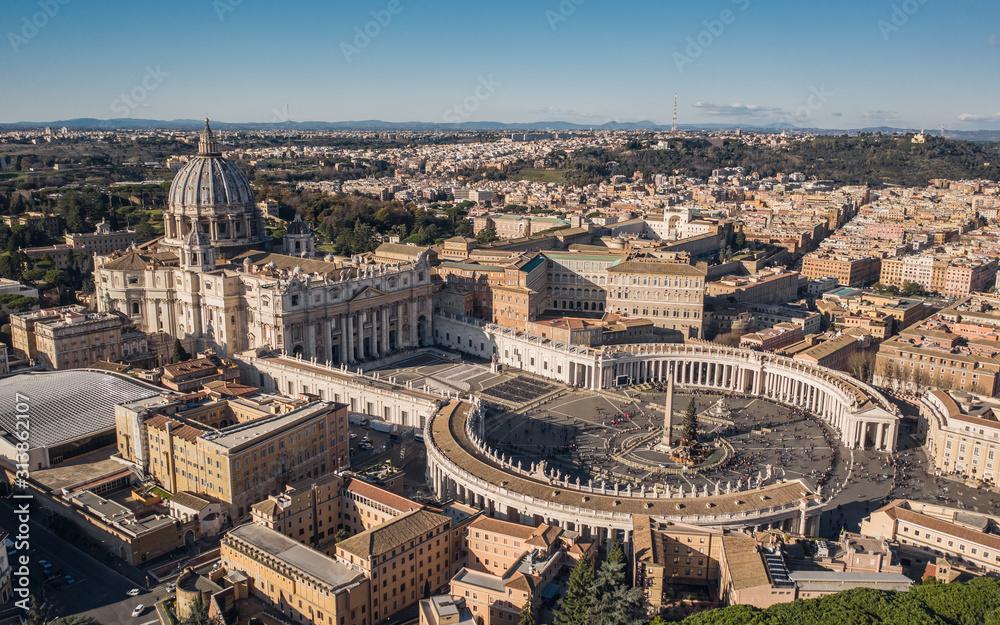 Fototapeta St. Peter's Basilica and St. Peter's Square