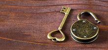 Web Banner Of Vintage Gold Hea...