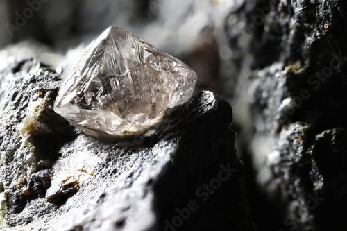 Leinwand Poster natural diamond nestled in kimberlite