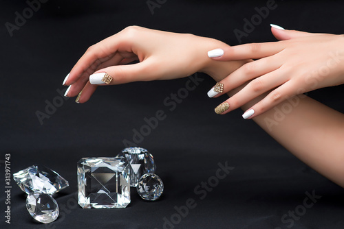 Photo nail designe and crystals